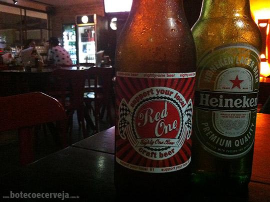 Hamburgueria 162: Red One Beer e Heineken.